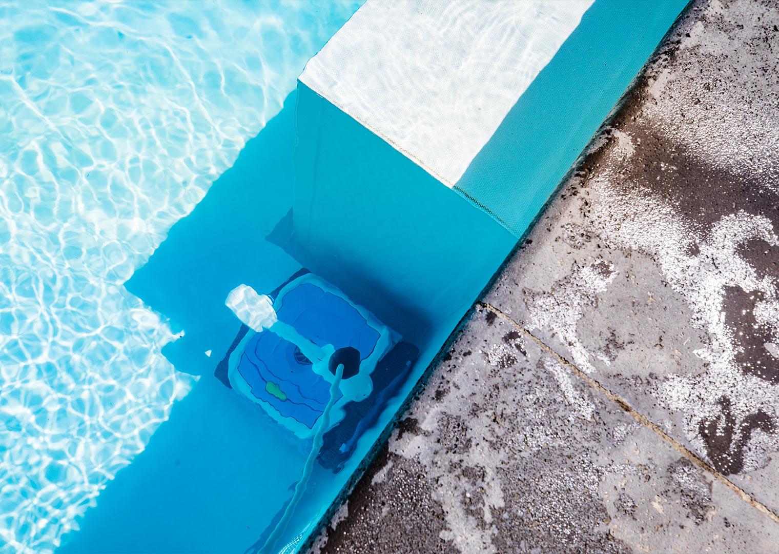 Link zur Bilddatei: roosen_galabau_landschaftsbau_viersen_referenzen_swimmingpool_galerielbild_07